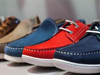 impregnaci obuvi lze použít téměř na jakoukoli obuv