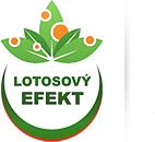 Lotosový efekt způsobuje samočístící vlastnoti fasádní barvy a perlový efekt.